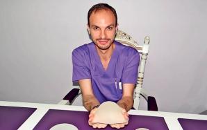 """Locuinţa """"esteticianului vedetelor"""", chirurgul Kasem Abu Bakr, a fost spartă de hoţi azi-noapte"""