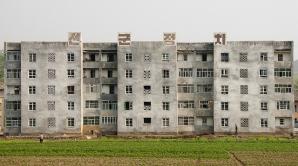 Coreea de Nord anunţă prăbuşirea unei clădiri la Phenian