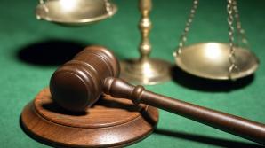 Judecătorii din dosarul retrocedărilor ilegale scapă de măsura controlului judiciar
