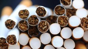 Adolescent de 15 ani, prins conducând o maşină încărcată cu ţigări de contrabandă