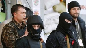 Atacaţi de separatişti, grănicerii ucraineni au fost nevoiţi să îl elibereze pe un lider separatist