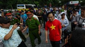 Aproximativ 4.000 de chinezi aşteaptă să fie evacuaţi din Vietnam, în urma revoltelor antichineze