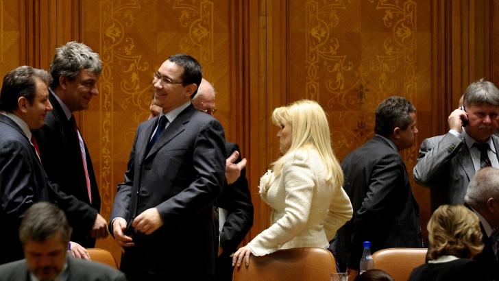 Cum vede Guşă 'ATACUL MISOGIN HOMOSEXUAL' al lui Victor Ponta la adresa Elenei Udrea / Foto: MEDIAFAX