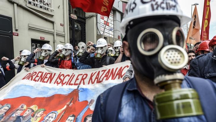 Proteste violente la IStanbul de 1 mai