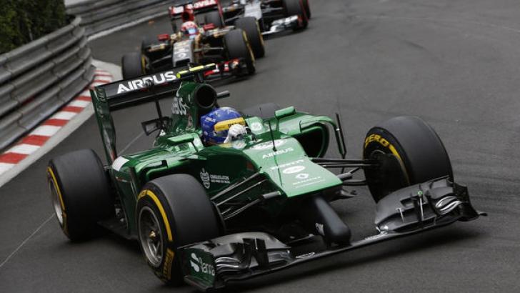 Tony Fernandes neagă că doreşte să vândă echipa de Formula 1 Caterham