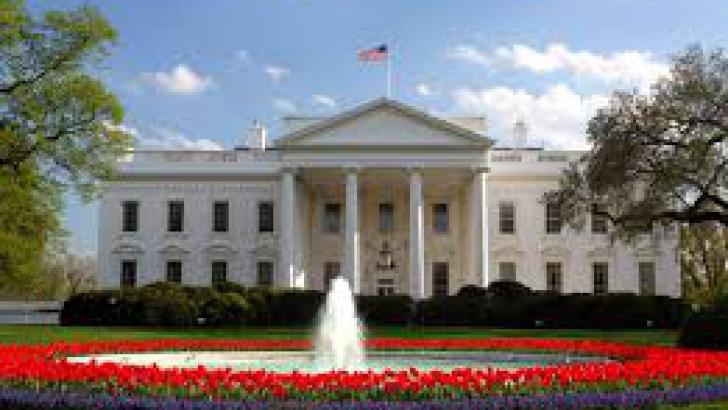 <p>Casa Albă</p>