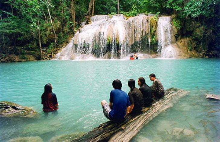 """Imagini de basm: Cele mai frumoase """"piscine"""" naturale din lume"""