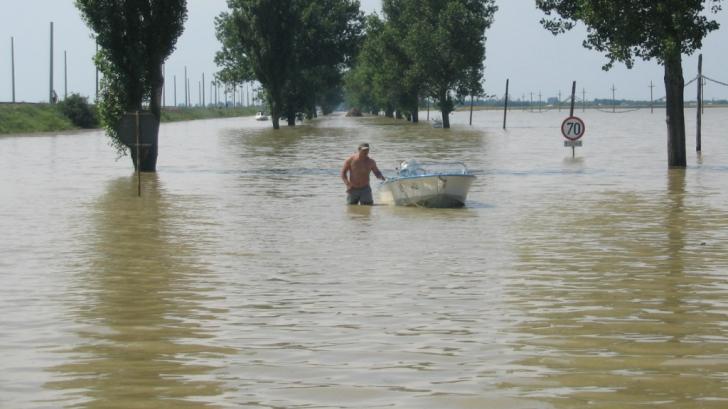 COD PORTOCALIU de inundații pe Dunăre. Sunt vizate mai multe județe!