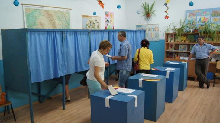 Locuitorii din Argeş, aşteptaţi să aleagă şeful CJ. ALEGERI LOCALE parţiale sunt în alte 18 judeţe