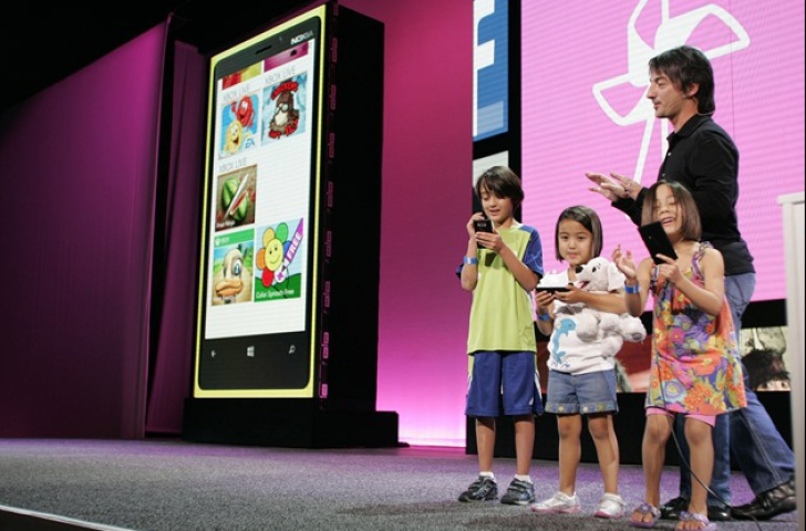 Cum îşi manifestă aprecierea pentru Windows Phone un copil de 10 ani