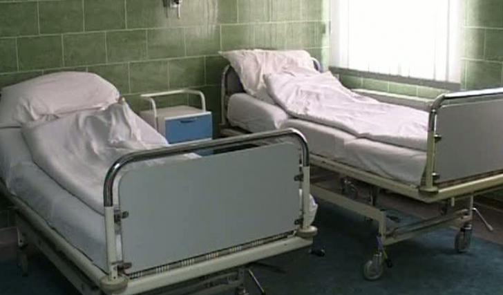 Deputat PNL: Pacienți în halate și pijamale, scoși din spital și încolonați la vot în Sectorul 5