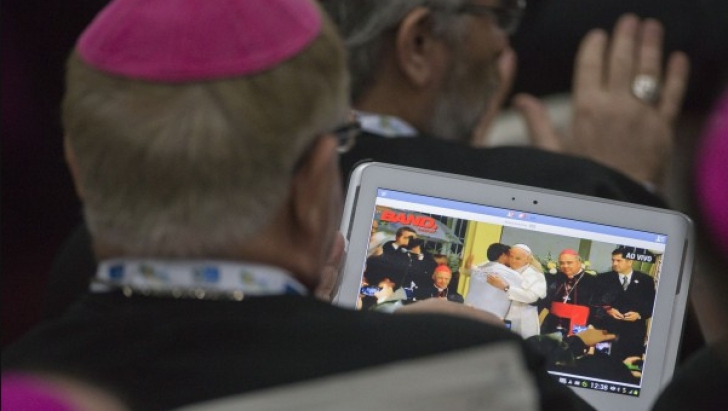 Declaraţii DURE ale papei împotriva cazurilor de pedofilie