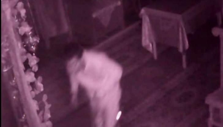 Un tânăr a fost prins în timp ce fura din cutia milei