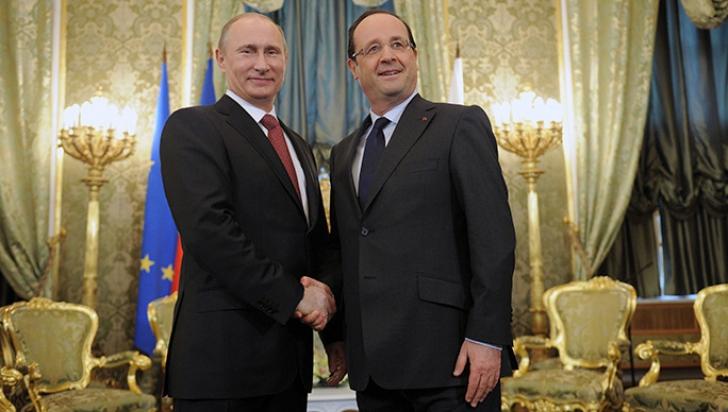 François Hollande se întâlneşte cu Vladimir Putin