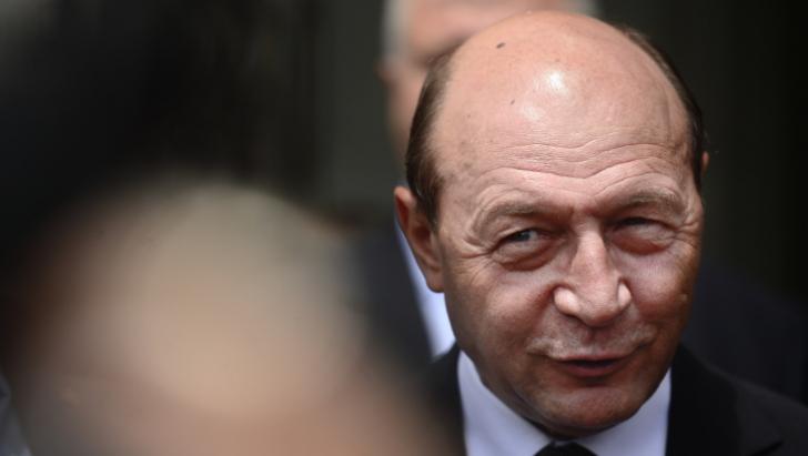 Băsescu: Dacă nu au opţiune pentru vreun partid, românii să vină şi să-şi anuleze votul