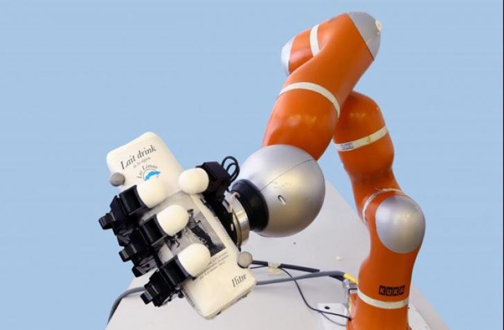 Roboţii sunt pe punctul de a ne fura joburile. Ce meserii riscă să dispară