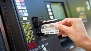 O tânără din Iaşi s-a trezit cu datorii pe un card nesolicitat
