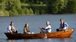 David Cameron, Angela Merkel, Fredrik Reinfeldtşi Mark Rutte, la o plimbare pe lac