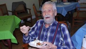 Cel mai bătrân bărbat din lume a murit la vârsta de 111 ani