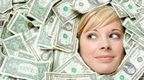 """Actrița britanică multimilionară Keira Knightley susține că trăiește cu 50.000 de dolari pe an, deoarece """"banii te alienează"""""""