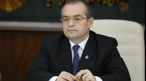 Emil Boc îi răspunde lui Iohannis: Istoria PDL nu poate fi ștearsă cu buretele