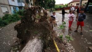 Furtuni puternice în România