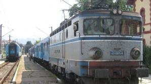 TRAGEDIE ÎN DEJ: Doi copii s-au ELECTROCUTAT după ce s-au urcat pe un tren