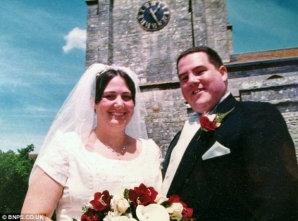 Umiliţi de pozele de la nuntă, doi obezi au slăbit 70 de kilograme.
