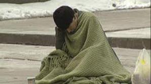 Nou-născut găsit mort de oameni ai străzii într-un tomberon dintr-un cartier craiovean