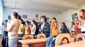 Profesorii de religie, la mâna Bisericii