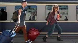 CFR Călători introduce trenuri suplimentare spre şi dinspre litoral