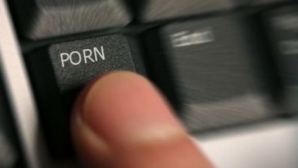 Bucureştean arestat pentru PORNOGRAFIE INFANTILĂ