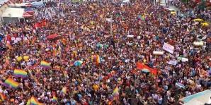 Zeci de mii de persoane au manifestat, la Istanbul, pentru drepturile minorităţilor sexuale şi împotriva lui Erdogan
