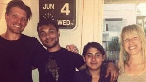 O familie din Suedia ajută un cuplu de cerșetori romi din România să-și ia o casă