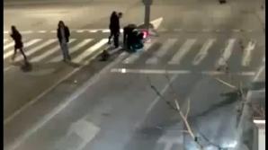 Doi bărbaţi care au furat un semafor de pe DN 76 au fost arestaţi