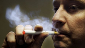 Ce şanse ai să te laşi de fumat cu ţigările electronice?