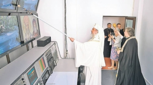 MISTERUL TRAFALETULUI, elucidat de BOR. Cu ce a sfinţit, de fapt, Patriarhul Daniel?
