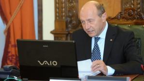 BĂSESCU, lui Rus: Am informaţii despre acte de CORUPŢIE la contractarea autostrăzii Comarnic-Braşov