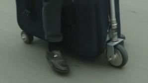 Un chinez a creat o valiza-scuter. Prețul este incredibil de mic
