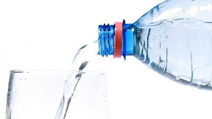 De ce e mai bine să înlocuieşti sucul și băuturile acidulate cu apă. UPDATE: Poziția ANBR