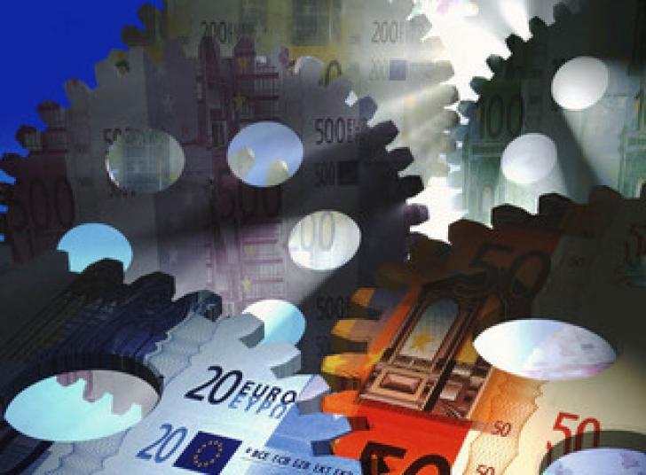 Cum văd experţii financiari economia României