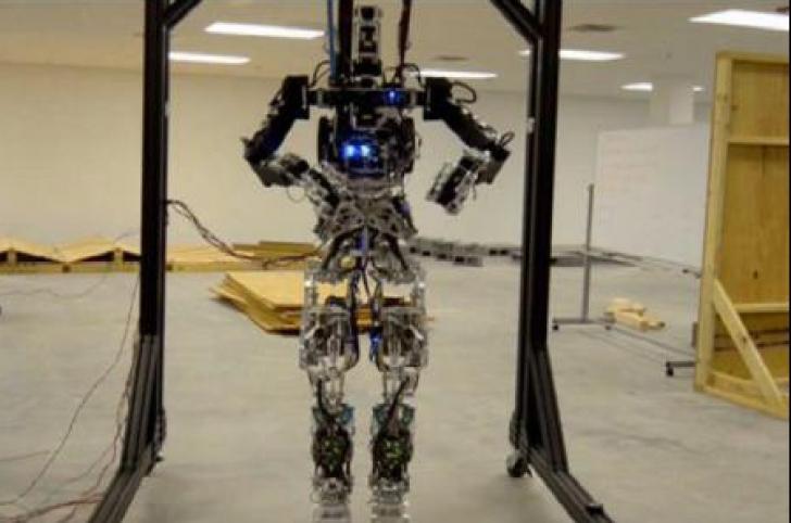 Salvatorii viitorului: roboții care îi vor înlocui pe oameni în situații de urgență