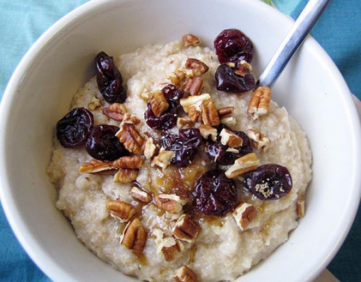Alimentul pe care trebuie sa-l mananci dimineata ca sa te simti satul