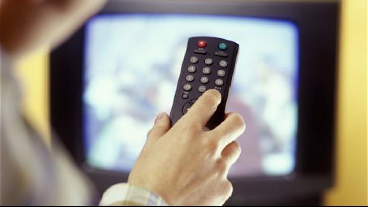 """Proiectul """"bani de la cabliști pentru televiziuni"""", preluat de mai mulți senatori PNL"""