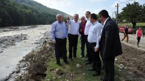 Ponta: Dacă directorul de la Apele Române era în concediu, o să rămână în concediu de acum încolo
