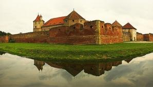 CETATEA FĂGĂRAŞ, în topul 3 al celor mai frumoase castele din lume