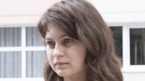Eleva spune că a fost obligată să rescrie lucrarea la română
