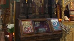 Patriarhia Română a confirmat că moaştele Sfântului Nicolae sunt autentice