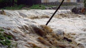Ploi puternice în Japonia