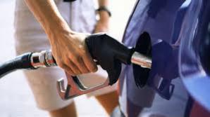 Cum sunt furaţi şoferii la pompele de benzină